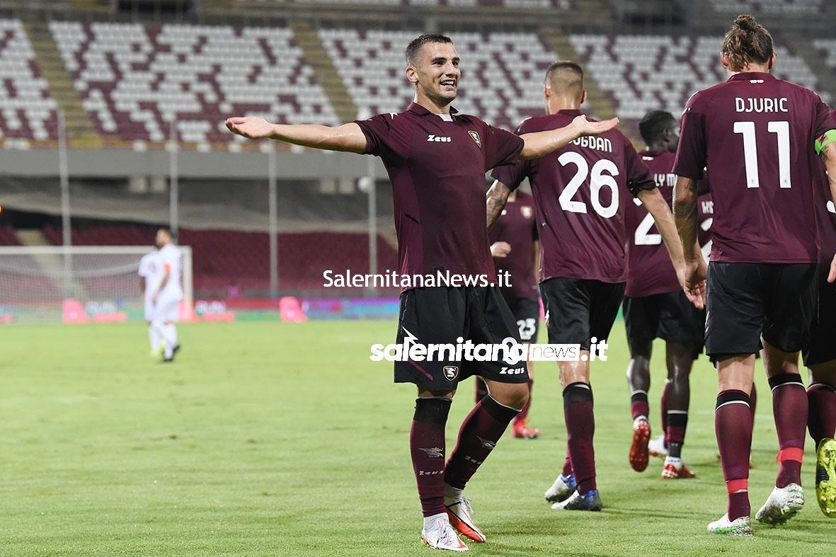 Salernitana Reggina coppa italia bonazzoli esultanza 1 a 0